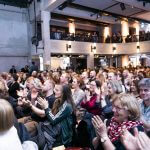 Publikum beim #17Ziele Poetry Slam