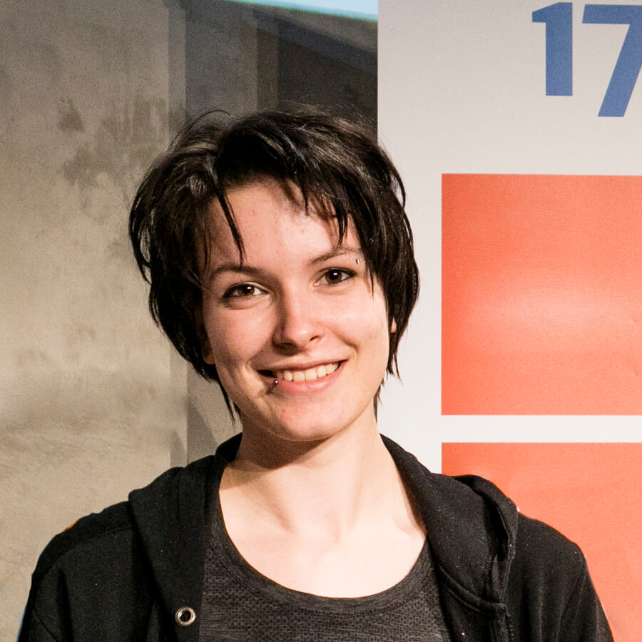 Poetry Slammerin Luise Komma Klar (Kiezpoeten-Pool)